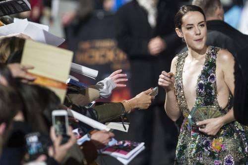 Hunger Games: protagoniste senza reggiseno a Berlino 20