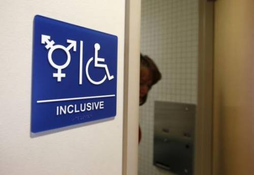 "Houston boccia il gender: ""No alle toilettes unisex"""
