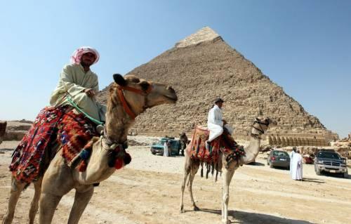 """Isis, la ridicola minaccia all'Egitto: """"Distruggeremo le piramidi"""""""