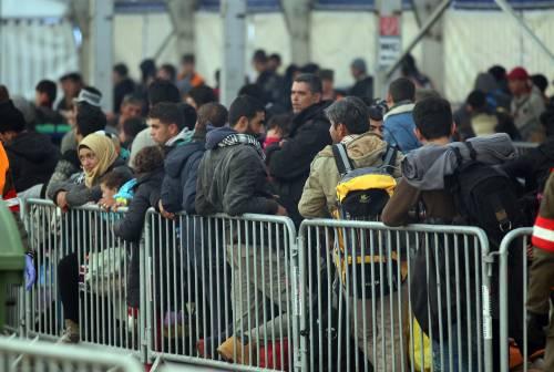 Anche la Slovenia pensa a un muro per fermare i migranti