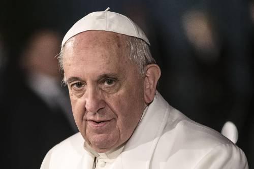 """Vatileaks, il Papa: """"Rubare documenti è un atto deplorevole"""""""