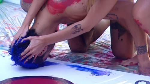 GF14: concorrenti a nudo col body imprinting 25