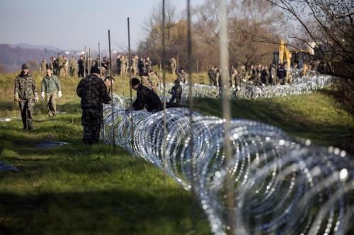 La Slovenia costruisce il muro anti-migranti