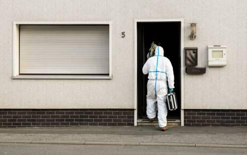 Wallenfels, la polizia nell'abitazione