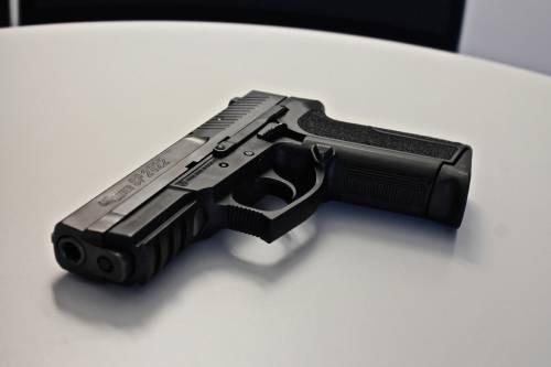 Se la colpa è di chi vende armi e non di chi le usa