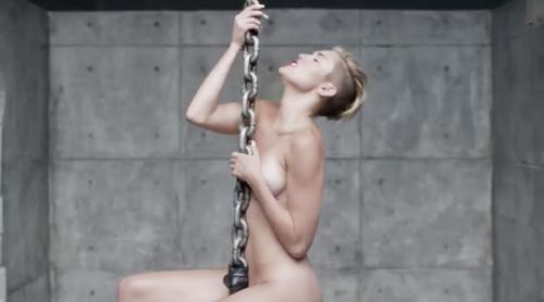 Miley Cyrus nuda per Terry Richardson 11