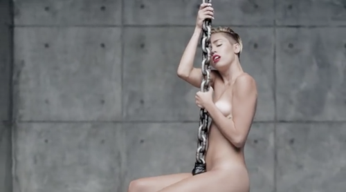 Miley Cyrus nuda per Terry Richardson 10