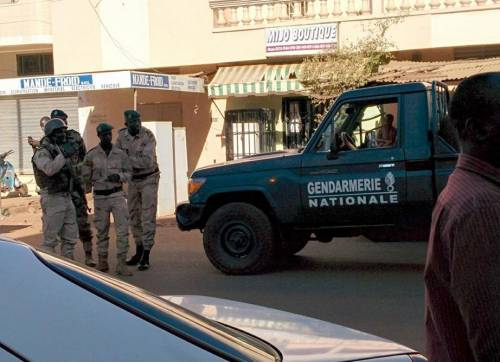 Jihadisti in un hotel in Mali 5