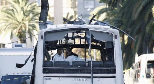 L'autobus fatto a saltare a Tunisi 5