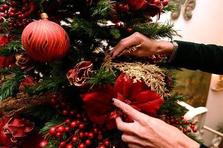 Altro che ripresa, gli italiani tagliano (ancora) le spese per Natale