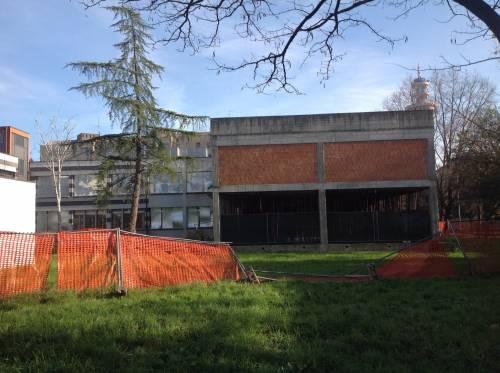 La scuola di Rozzano nel degrado 5