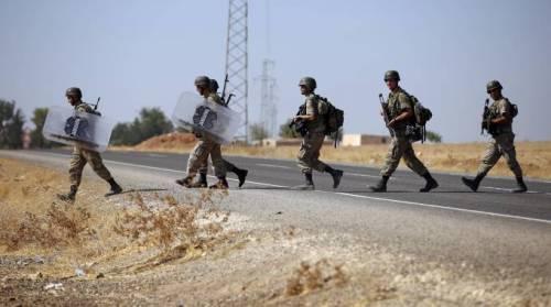 Truppe turche entrano in Iraq: soldati in zona di Mosul