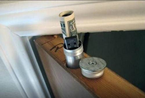 I 10 posti dove nascondere denaro e gioielli in casa - Dove nascondere i soldi in casa ...