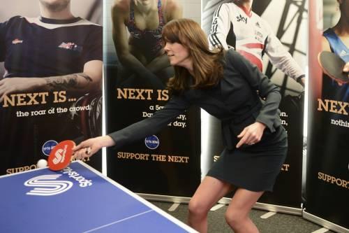 """Kate Middleton """"flirta"""" al telefono. A fin di bene 9"""
