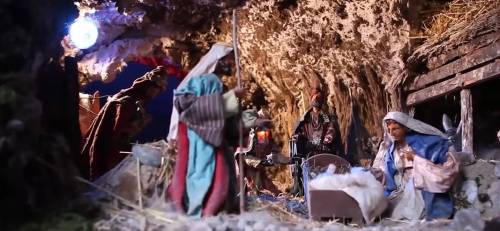 Umbria, maghrebini devastano Presepe: denunciati in tre