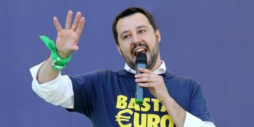 """Salvini tuona contro l'islam: """"Da sempre cerca di imporsi con la forza"""""""
