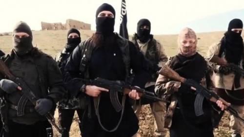 """""""Ora travestitevi da cristiani"""": così Isis studia nuovi attacchi"""