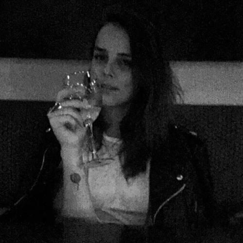 Pauline Ducruet, sexy su Instagram 15