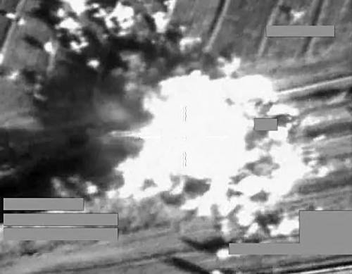 L'esplosione dopo un attacco della RAF su una postazione dell'Isis in Iraq. Fonte: Ansa