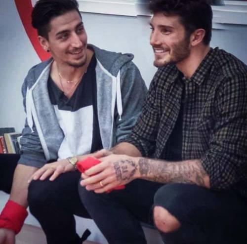 Belen Rodriguez e Stefano De Martino, le foto sospette su Instagram 7