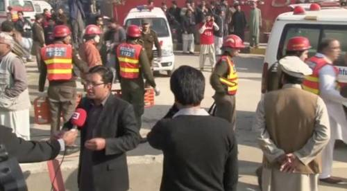 Pakistan sotto attacco: sono almeno 13 i morti