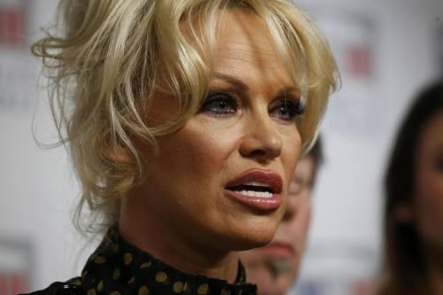Pamela Anderson contro il foie gras 8