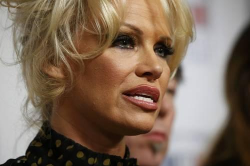 Pamela Anderson contro il foie gras 2