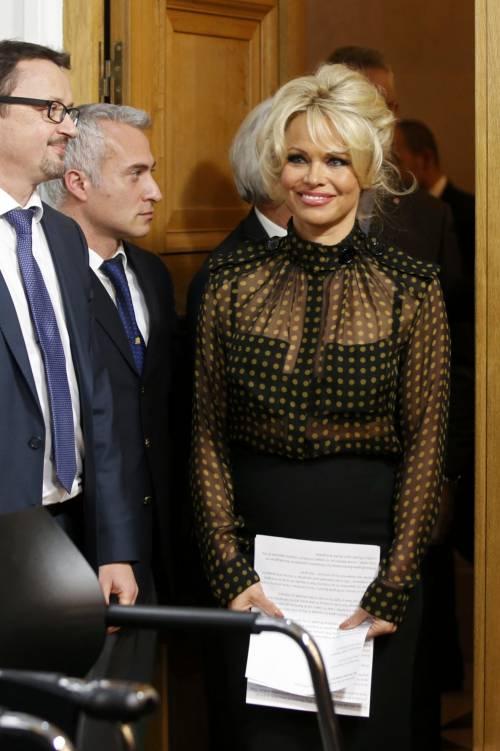 Pamela Anderson contro il foie gras 9