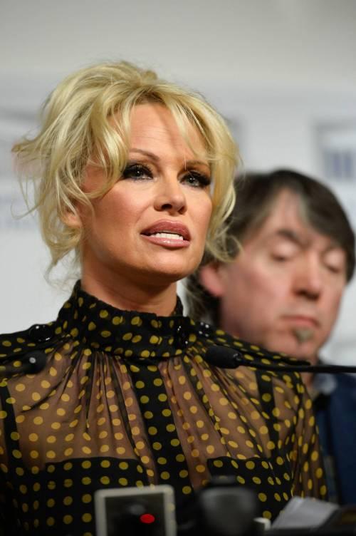 Pamela Anderson contro il foie gras 27