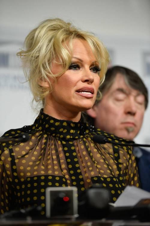 Pamela Anderson contro il foie gras 28