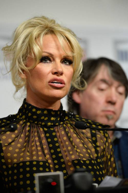 Pamela Anderson contro il foie gras 31