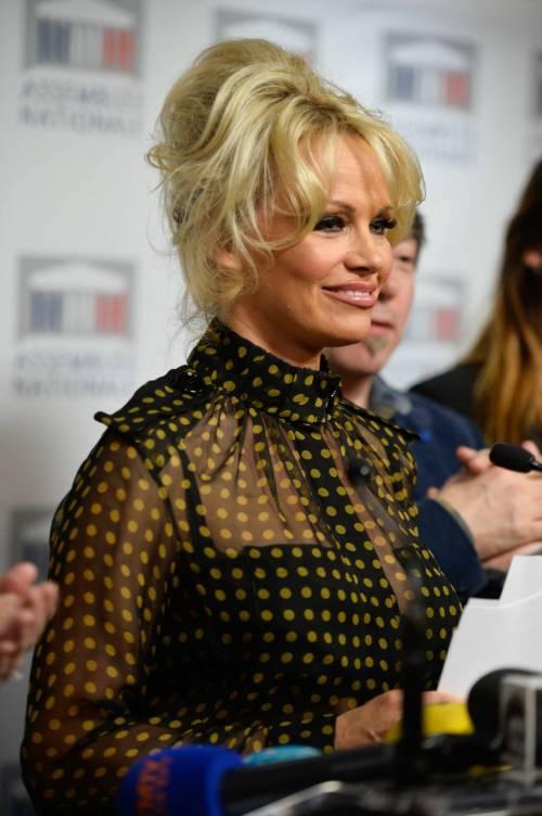 Pamela Anderson contro il foie gras 30