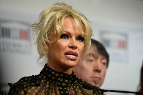 Pamela Anderson contro il foie gras 40