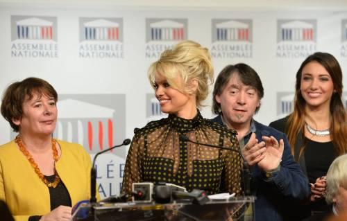 Pamela Anderson contro il foie gras 60