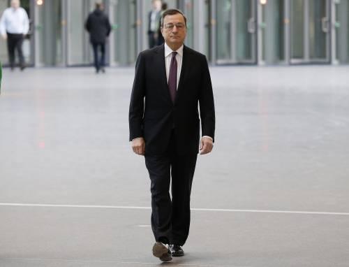 La Bce azzera tutti i tassi: clamorosa mossa di Draghi