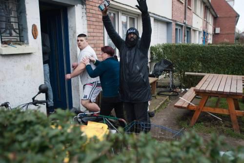 Calais, la rivolta dei migranti 13