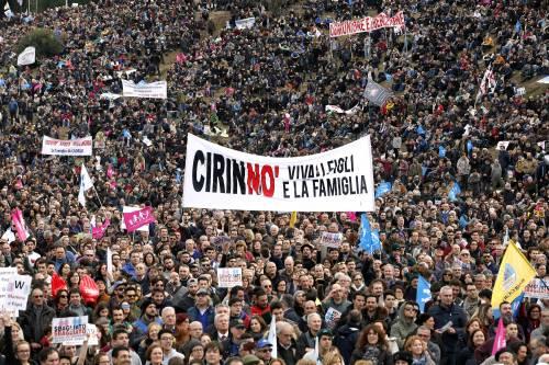 """Family Day contro le unioni civili """"Respingere il ddl Cirinnà"""""""