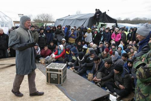 L'Amleto di Shakespeare in scena nella Giungla di Calais 8
