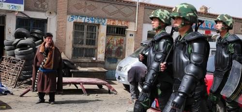 La Cina chiude il Tibet per paura delle proteste
