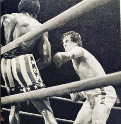 Sylvester Stallone nelle foto di scena di Rocky 17
