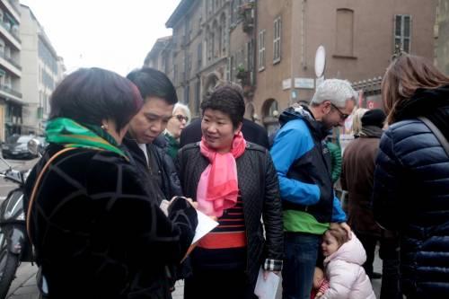 I cinesi in fila per le primarie Pd 4