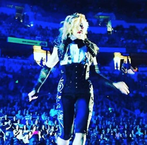 Madonna vs Paola Barale, foto 5