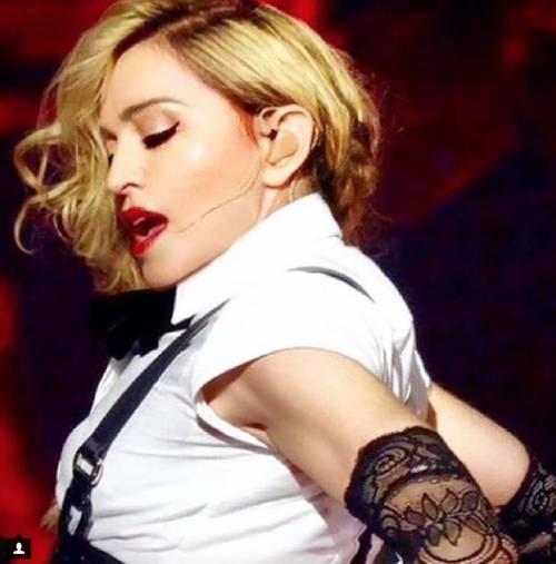 Madonna vs Paola Barale, foto 16