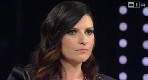 """Frizzi, il ricordo di Laura Pausini: """"Carlotta e Stella, sono con voi"""""""