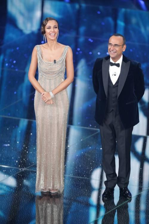 Sanremo 2016: gli abiti della prima serata 10