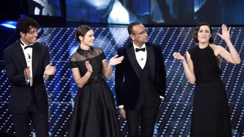 Sanremo 2016: gli abiti della prima serata 13