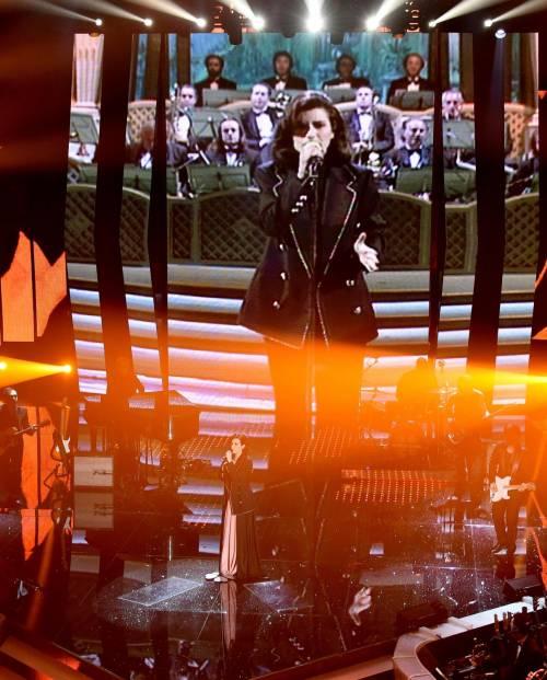 Sanremo 2016: gli abiti della prima serata 23