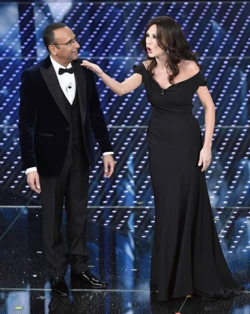 Sanremo 2016: gli abiti della prima serata 29
