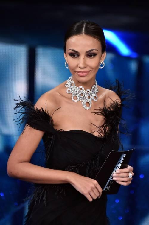 Sanremo 2016: gli abiti della prima serata 33