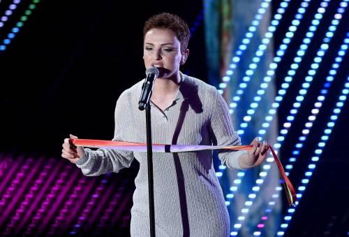 Sanremo 2016: gli abiti della prima serata 42